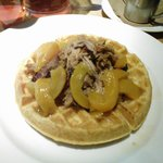 Tasty - Woodie Waffle with Pulled Pork & Borbon Peaches