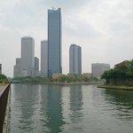 京橋口側からの見たOBPビル群