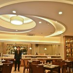 Tonino's Resto and Wine Bar