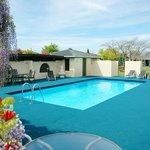 Solar heated outdoor pool (seasonal)