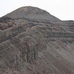 お鉢火口と高千穂峰