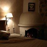 Hyggelige værelser med brænde ovn og varmedunk i senden