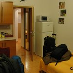 Cozinha/ sala - sofá cama (3a pessoa)