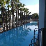 Esta es la piscina privada de la suite