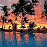 che tramonto all'andilana beach
