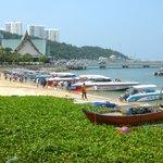 Dirty beach - loud speedboats all day