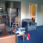 They call this a luxury 2br suite @$235/night. Time warp to early 80s.