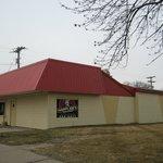 Happy Joe's, 2630 Rockingham Rd, Davenport