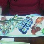 Nido Sushi plate