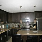 beautiful kitchen included everything you needed!