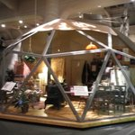 Geodesic cottage