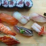 assortiment sushi et maki de midi