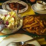 Pollo + patatas + ensalada para dos