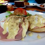 eggs benedict...not bad (: