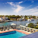 Foto di Shem Creek Inn