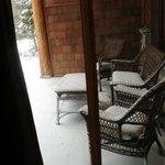 Notre patio enneigé.