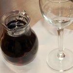 Zum Essen einen 1/2 Liter Wein