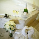 Jacuzzi King Suite