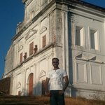 Me@ Our Lady of the Mount chapel, Old Goa.(Lot of people confuse this with Monte Hill Chapel,Mar