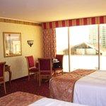 Suncoast Resort room, facing city and mountains