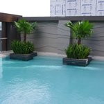 F1 Best Western Fort Bonifacio Global City pool area