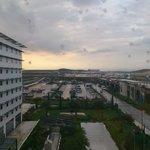 部屋から空港が見えます