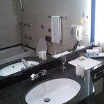 Bathroom, no jacuzzi
