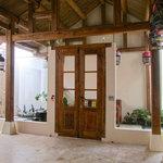 Shikumen Suite Romantic honeymoon suite