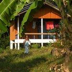 Heerlijke bungalow met balkon aan de voet van de berg.