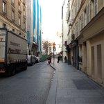 Rue Leopold Bellan