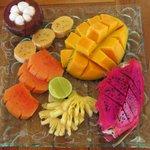 Fruit platter mit exotischen Früchten... lecker lecker