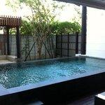kamer bgg met eigen zwembad