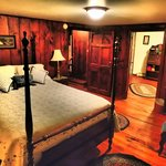 William Penn Suite- PA side