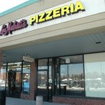 Lou Malnati's carry-out in Western Springs