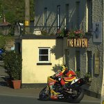 Raven Pub with Ian Hutchinson