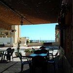 terraza de la taberna flamenca puerta del cante adra