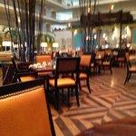 Concorde Bar & Grill