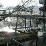 Blick vom Balkon auf den Templiner See in der Morgensonne