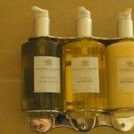 Environmentally-friendly bath supplies