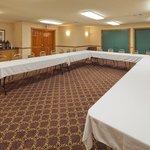 CountryInn&Suites Menomonie MeetingRoom