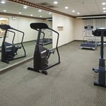CountryInn&Suites OHare South  FitnessRoom