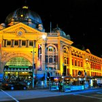 hotel is walking distance to Flinders Street