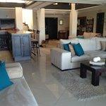 Lounge & Reception