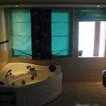 Water Bungalow - Spa Bath