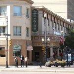 Hotel Senator 21st Street Downtown
