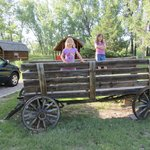 They had an old fashioned wagon by the Kabins that kids could romp on.