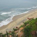 Blick vom Südkliff auf den Strand.