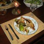 una cena en el apart