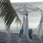 setting up for the beach wedding