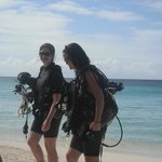 Friends heading out for Scuba Diving!
